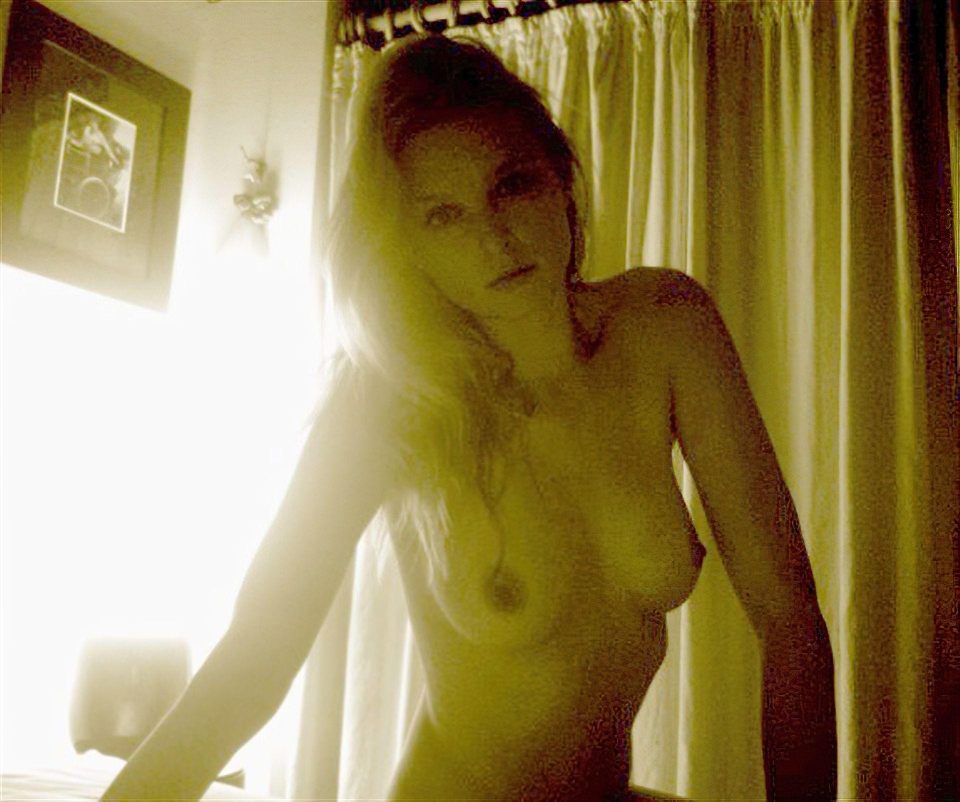 Groups Free Nude Celebrities