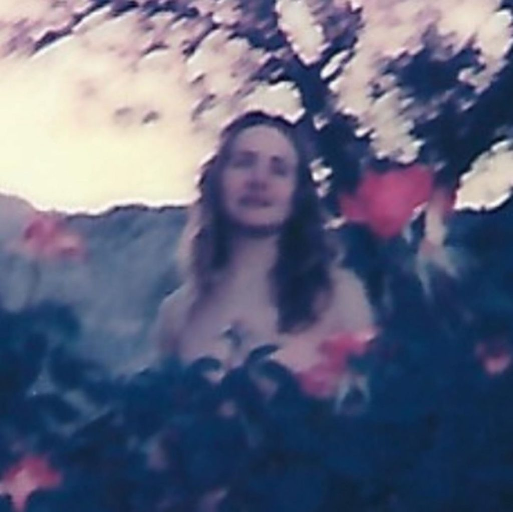 Shelley Hennig Nude (9 Photos)