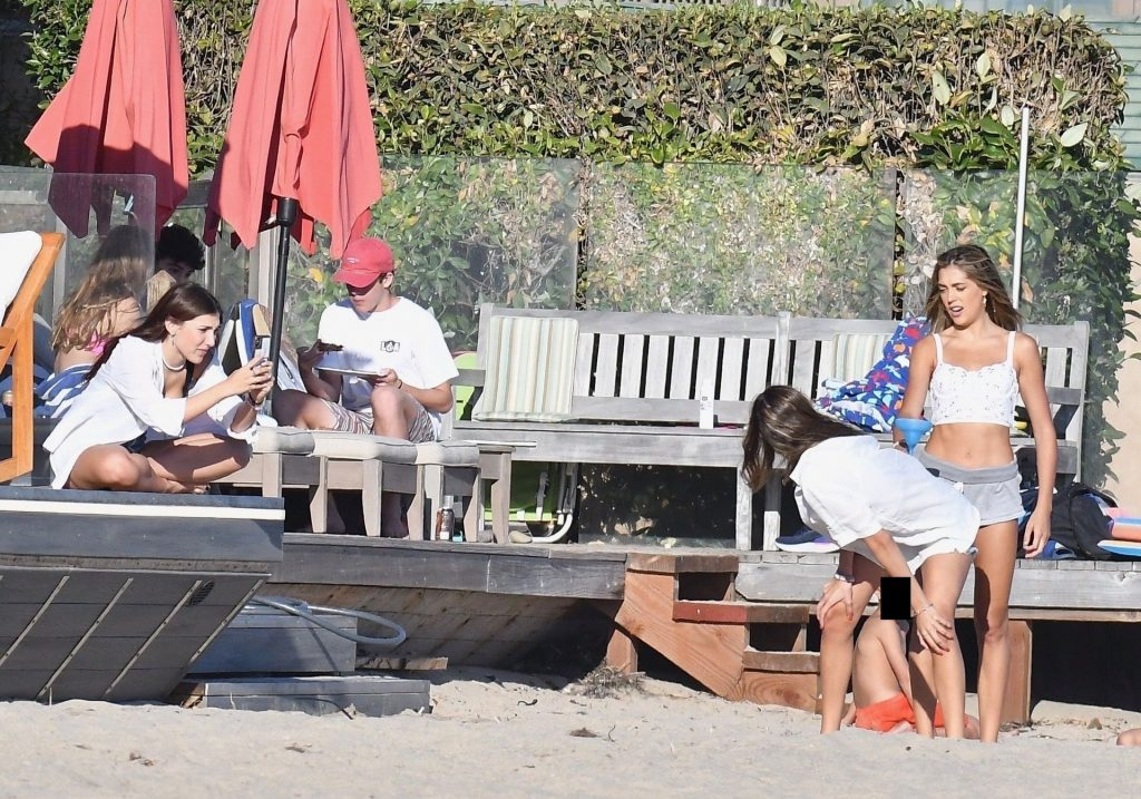 Sistine, Scarlet, Sophia Stallone Have a Party at a Beach House in Malibu (158 Photos)