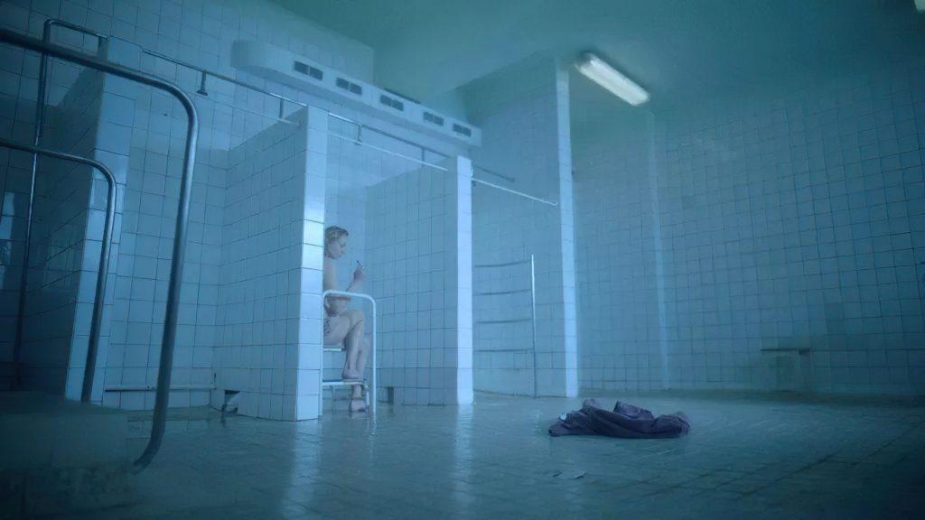 Sophie Turner Nude – Survive (8 Pics + GIF & Video)