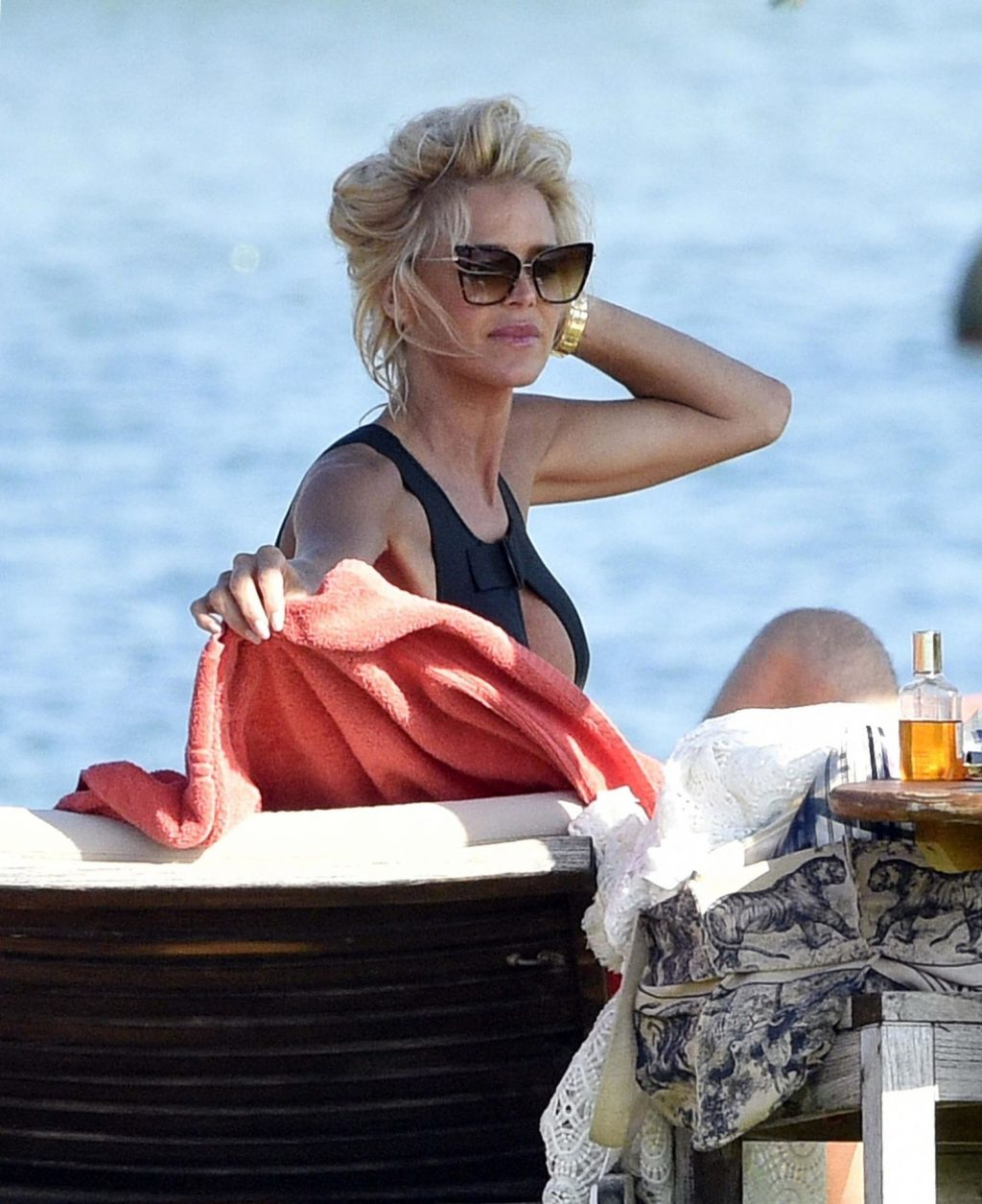 Victoria Silvstedt Shows Off Her Sexy Curves in Sardinia (66 Photos)