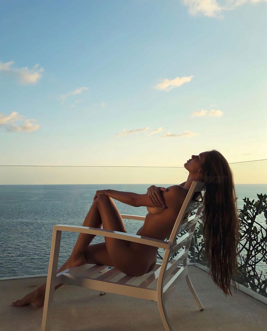 Viktoria Odintcova Nude (1 Photo)