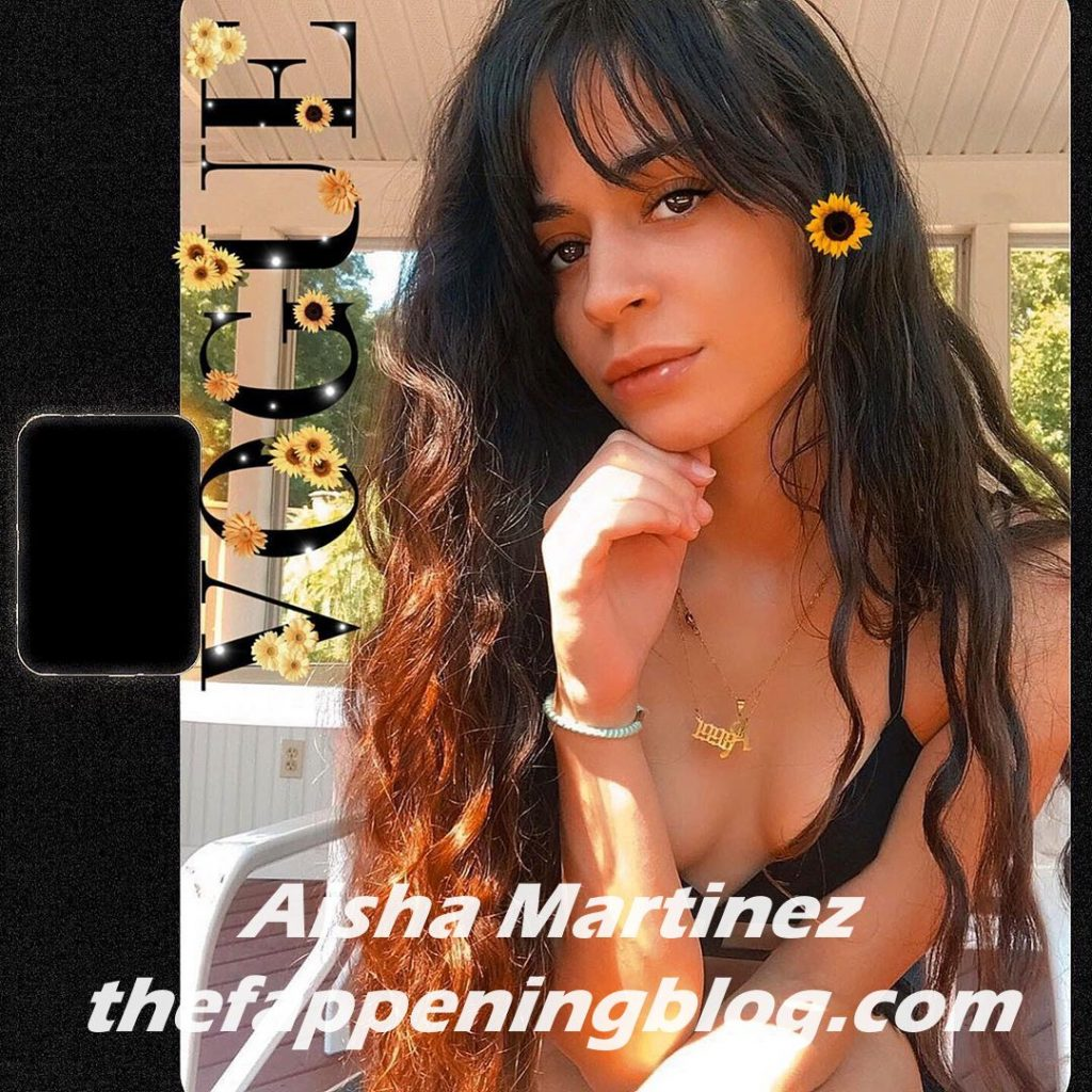 Aisha Martinez Shows Off Her Bare Butt Cheeks in a Thong (8 Photos)