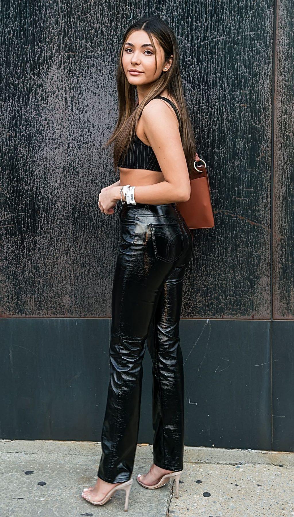 Atiana De La Hoya Displays Her Underboob in NYC (27 Photos)