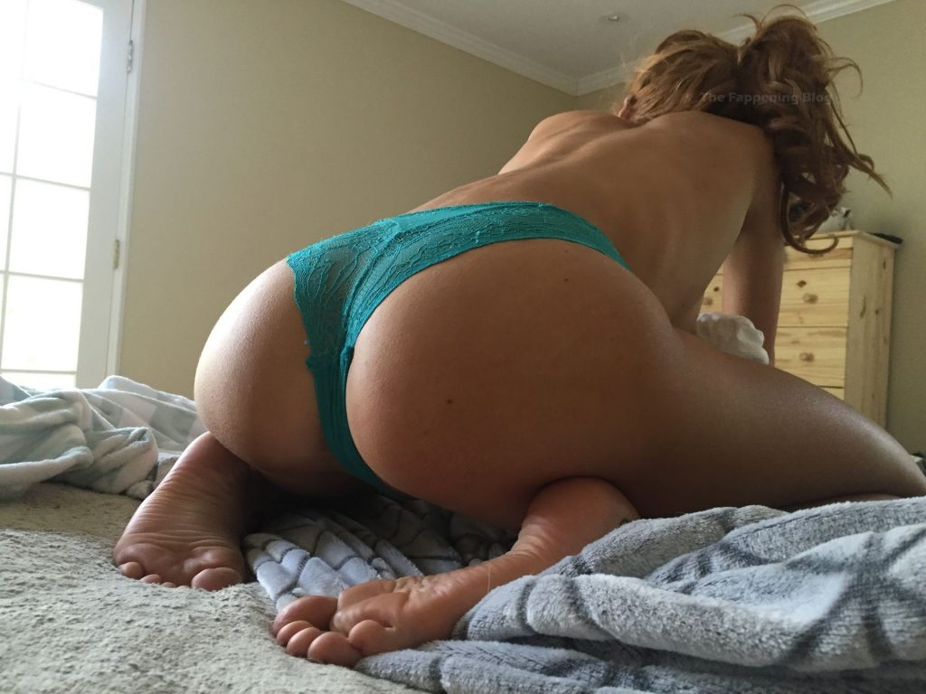 Bella Thorne Leaked The Fappening (51 Nude & Sexy Photos)