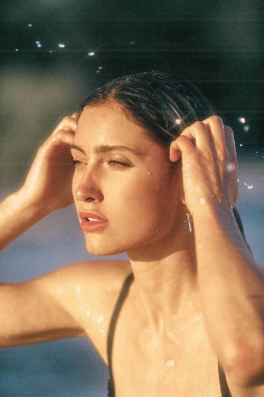 Carina Keppeler Nude & Sexy (12 Photos)