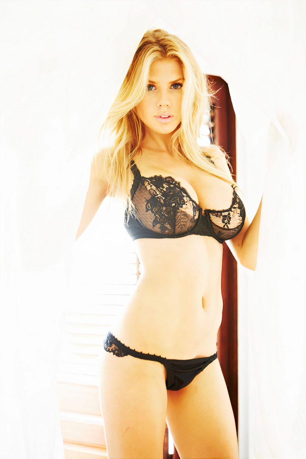 Charlotte McKinney Nude & Sexy – Gosee Magazine (21 Photos)