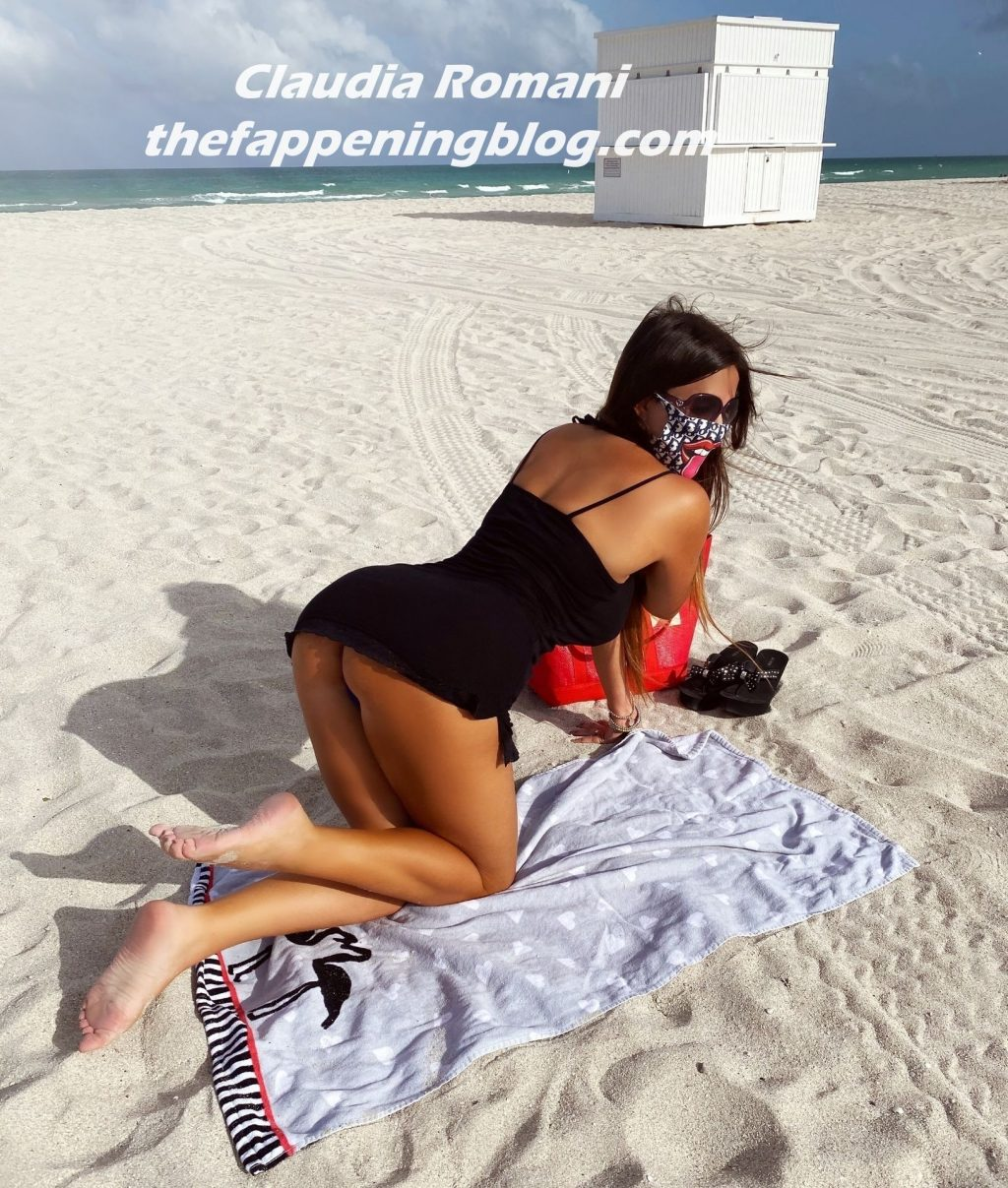 Claudia Romani Models for Face Masks by Ben The Rules in Miami Beach (10 Photos)