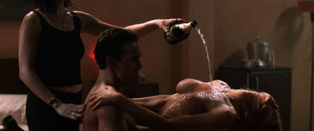 Denise Richards Nude – Wild Things (13 Pics + Video)