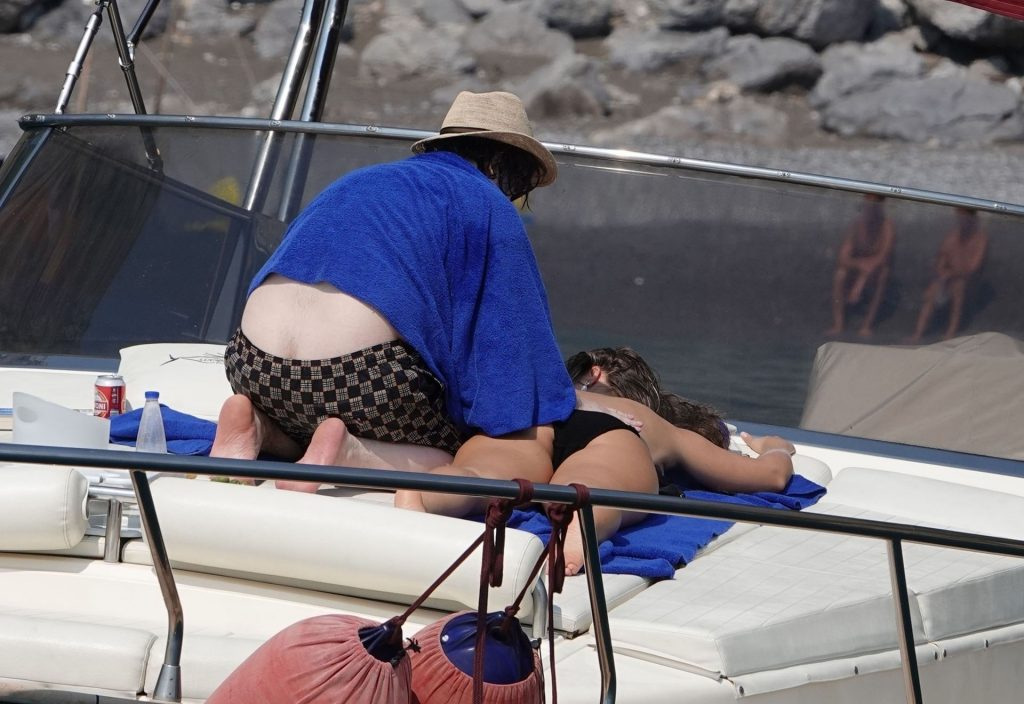 Edgar Wright and His Girlfriend is Seen Soaking Up the Hot Italian Sunshine Out in Positano (69 Photos)