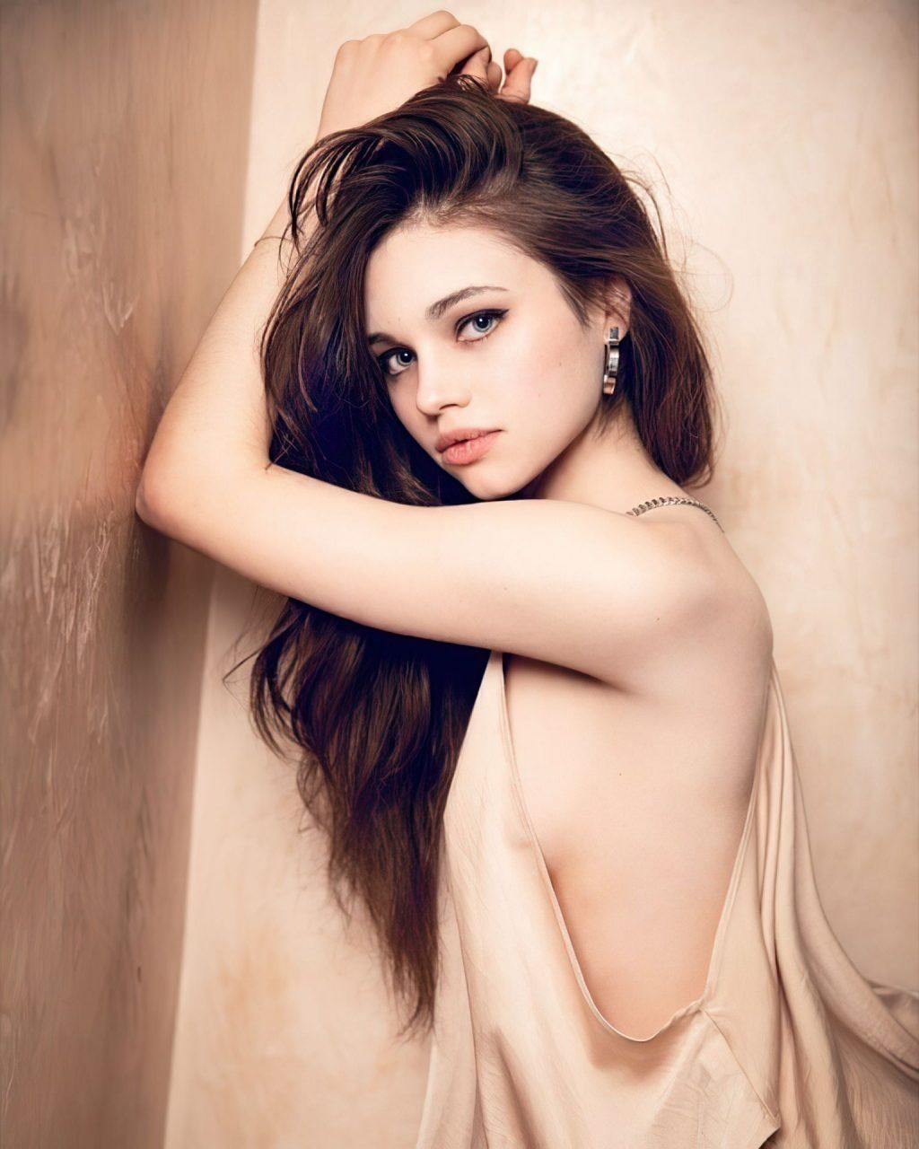 India Eisley Hot (14 Photos)