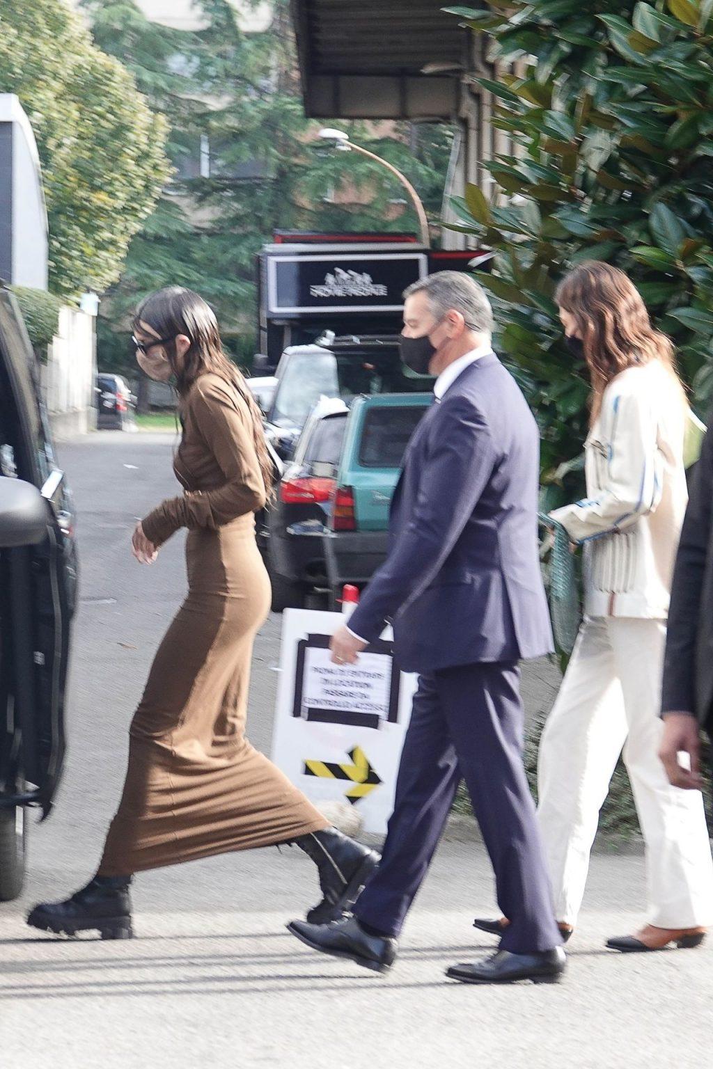 Kendall Jenner Goes Braless in Milan (26 Photos)