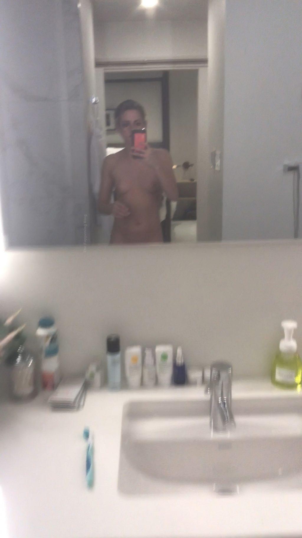 Kristen Stewart Nude Leaked The Fappening (19 Pics + Video)