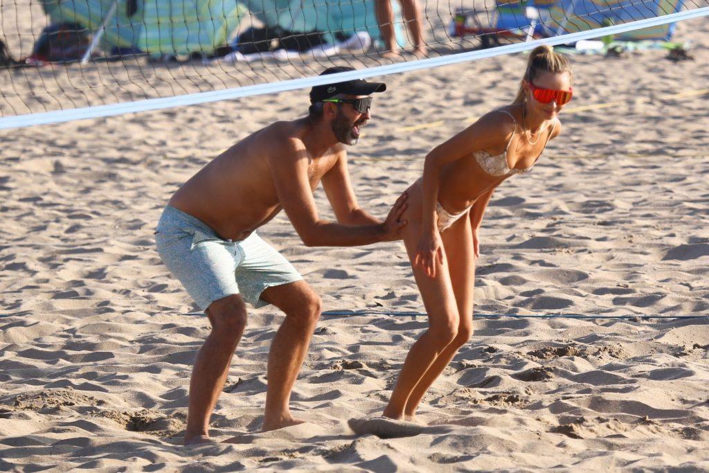 Ludi Delfino Spends the Day with Alessandra Ambrosio in Malibu (36 Photos)