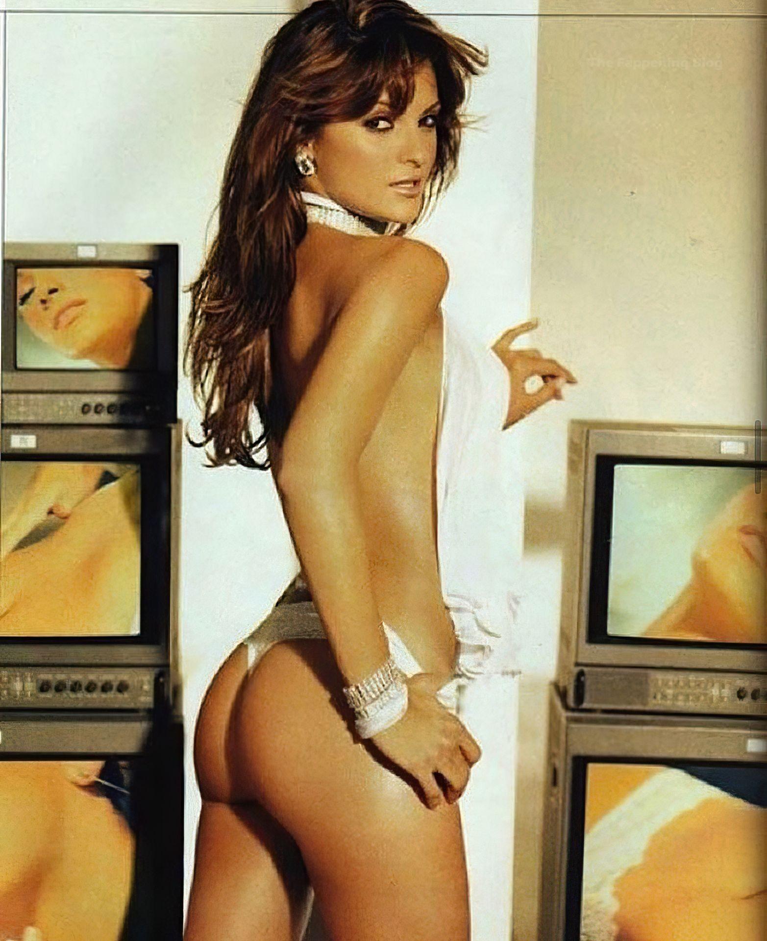 Mariana Seoane Nude Sexy