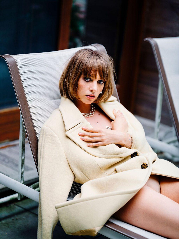 Maya Hawke Sexy – Flaunt Magazine (8 Photos)