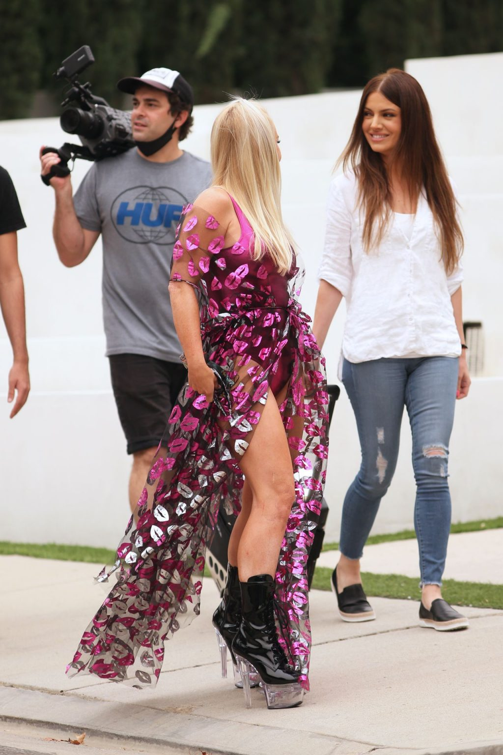 Nikki Lund Sports a Sexy See-through Dress on the Set of You and I (41 Photos)