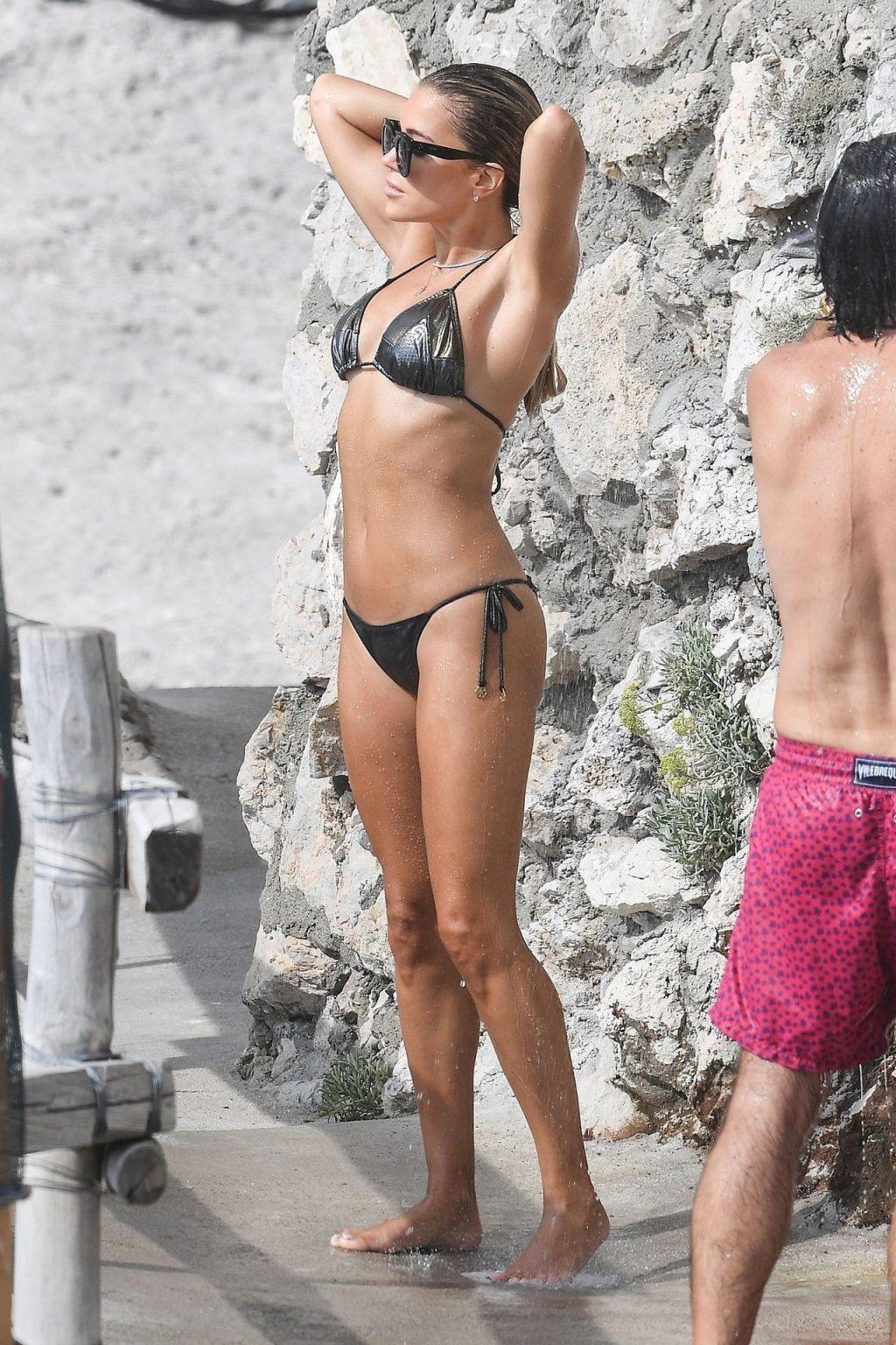 Sylvie Meis & Niclas Castello are Spotted During Their Honeymoon Break in Capri (47 Photos)