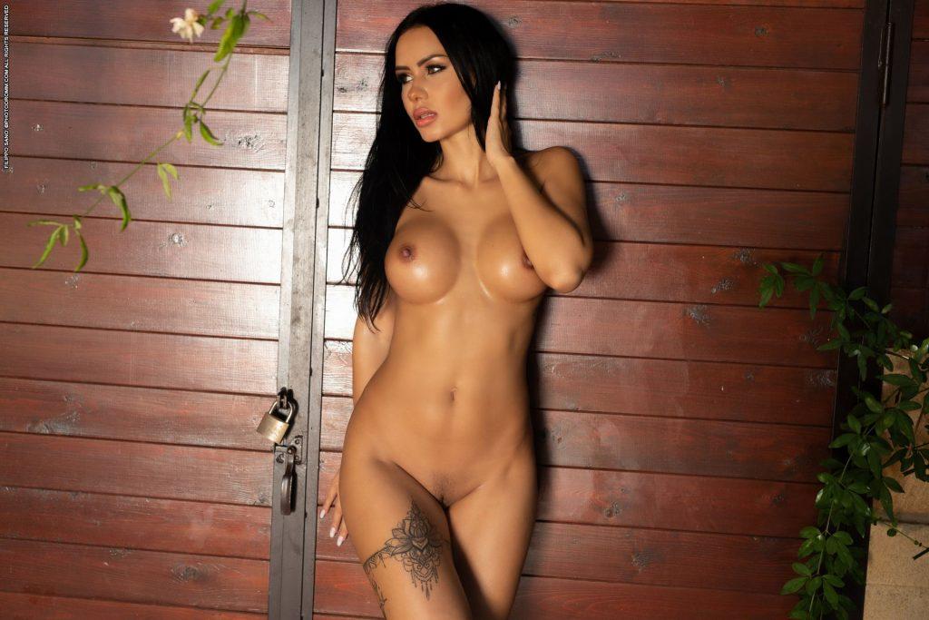 Vivien Mareeva Nude – Glory Days (25 Photos + Video)