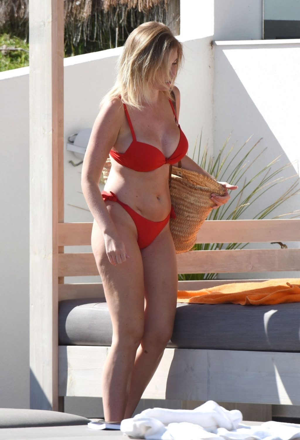 Amy Hart Stuns in a Fiery Red Bikini Soaking in the Sweltering Heat on Holiday in Portugal (31 Photos)