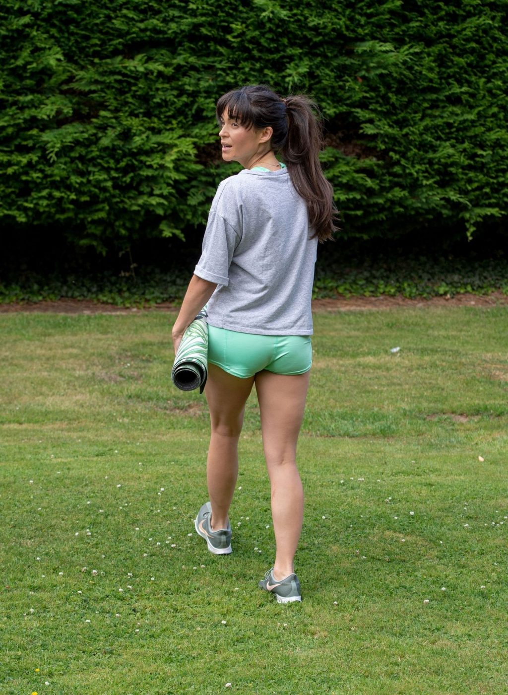 Casey Batchelor Shows Off Her Impressive Yoga Moves in North London (12 Photos)