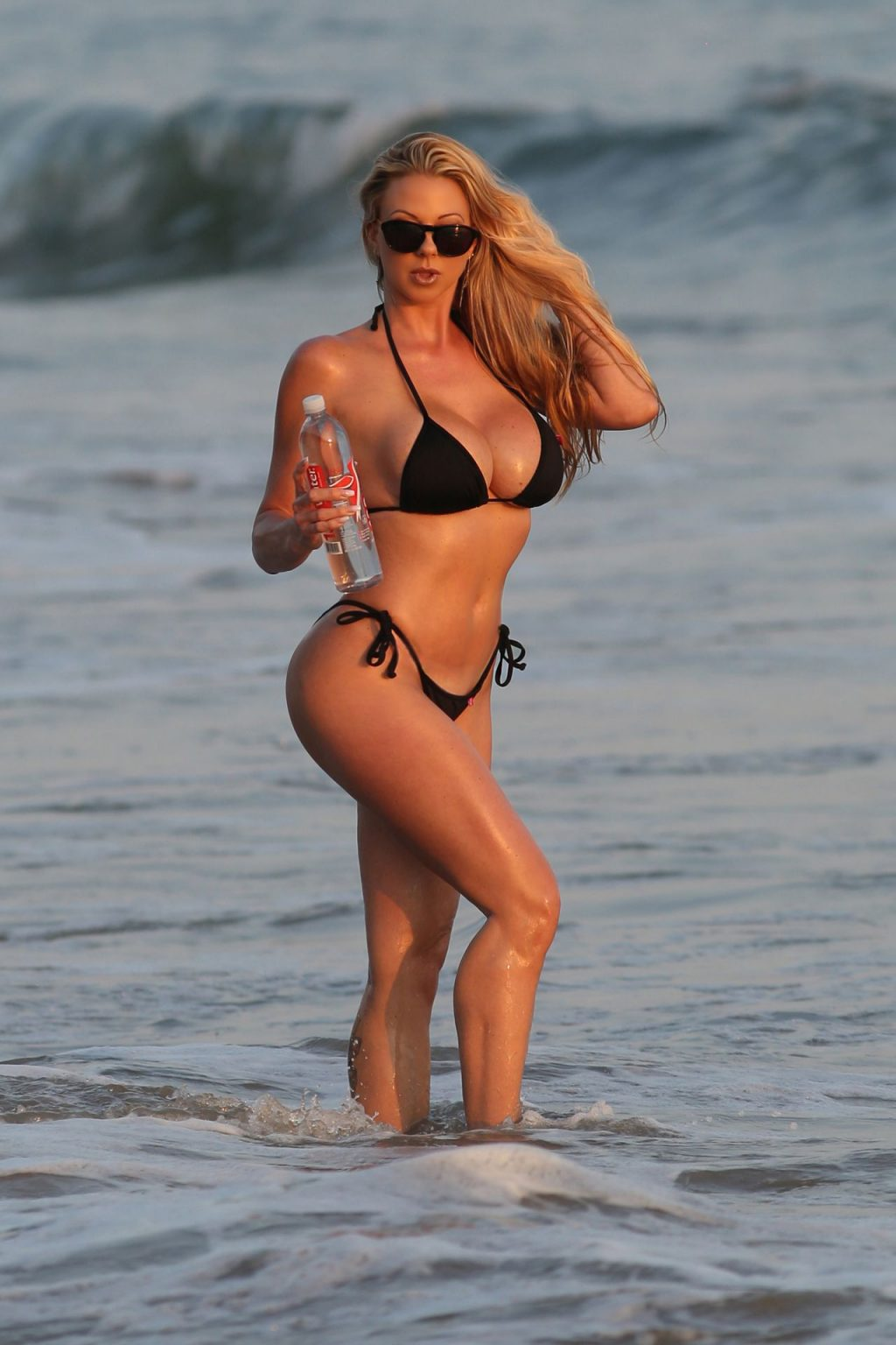 Elke Hanschke Shows Off Her Sexy Beach Body for a 138 Water Photoshoot in Malibu (15 Photos)