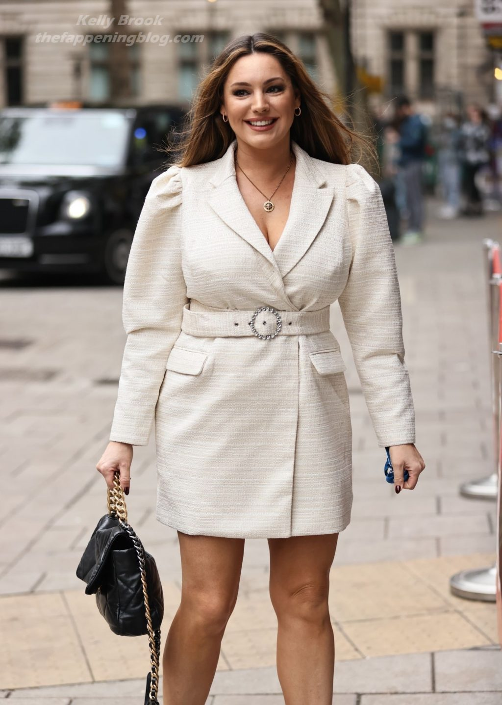 Kelly Brook Displays Her Cleavage and Sexy Legs in London (48 Photos)