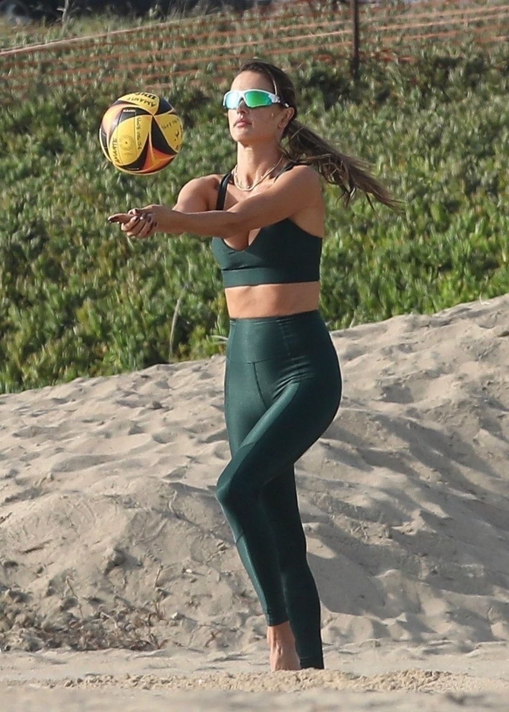 Alessandra Ambrosio Flaunts Her Perfect Body During a Volleyball Class (65 Photos)