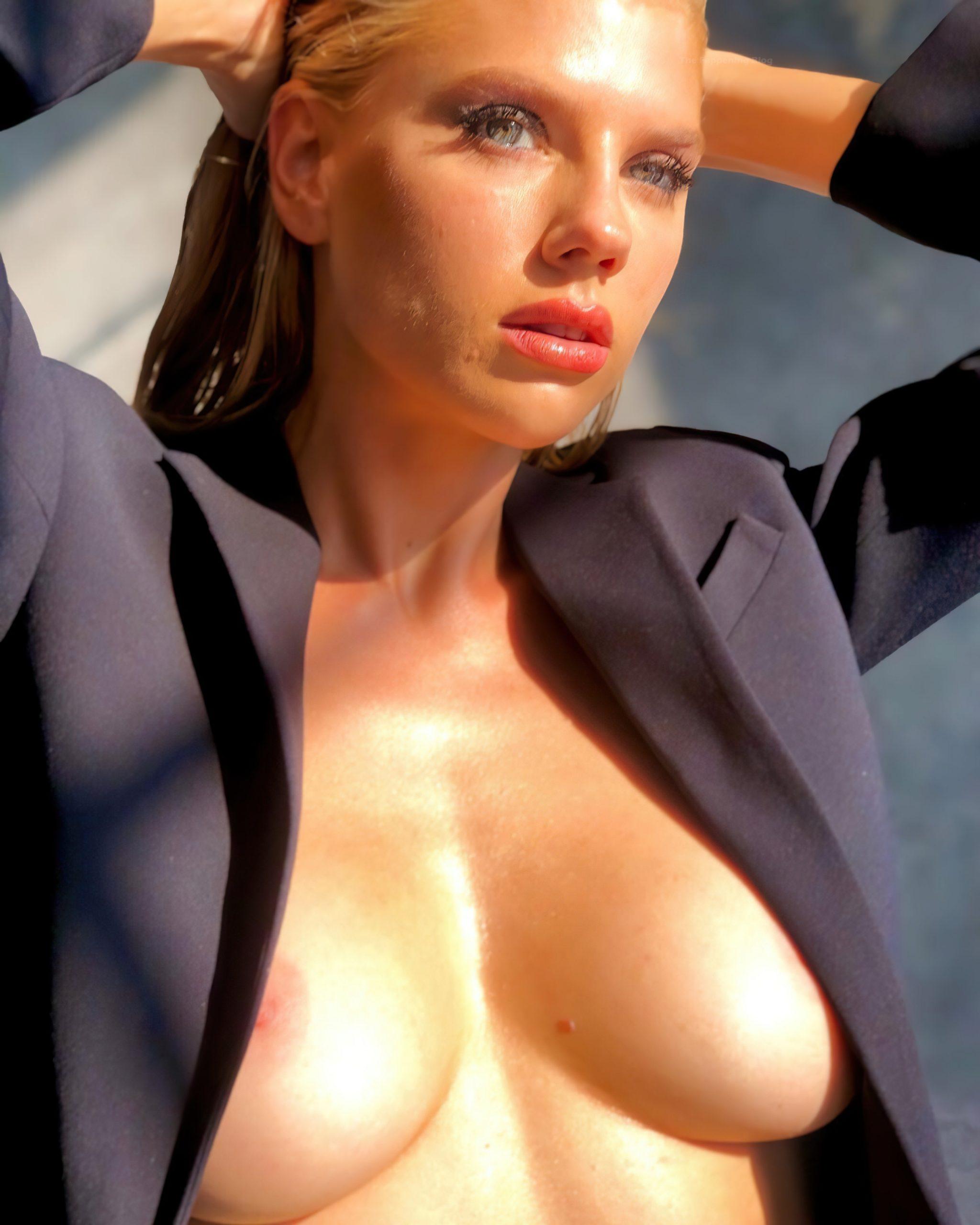 Mc kinney nude charlotte Charlotte McKinney