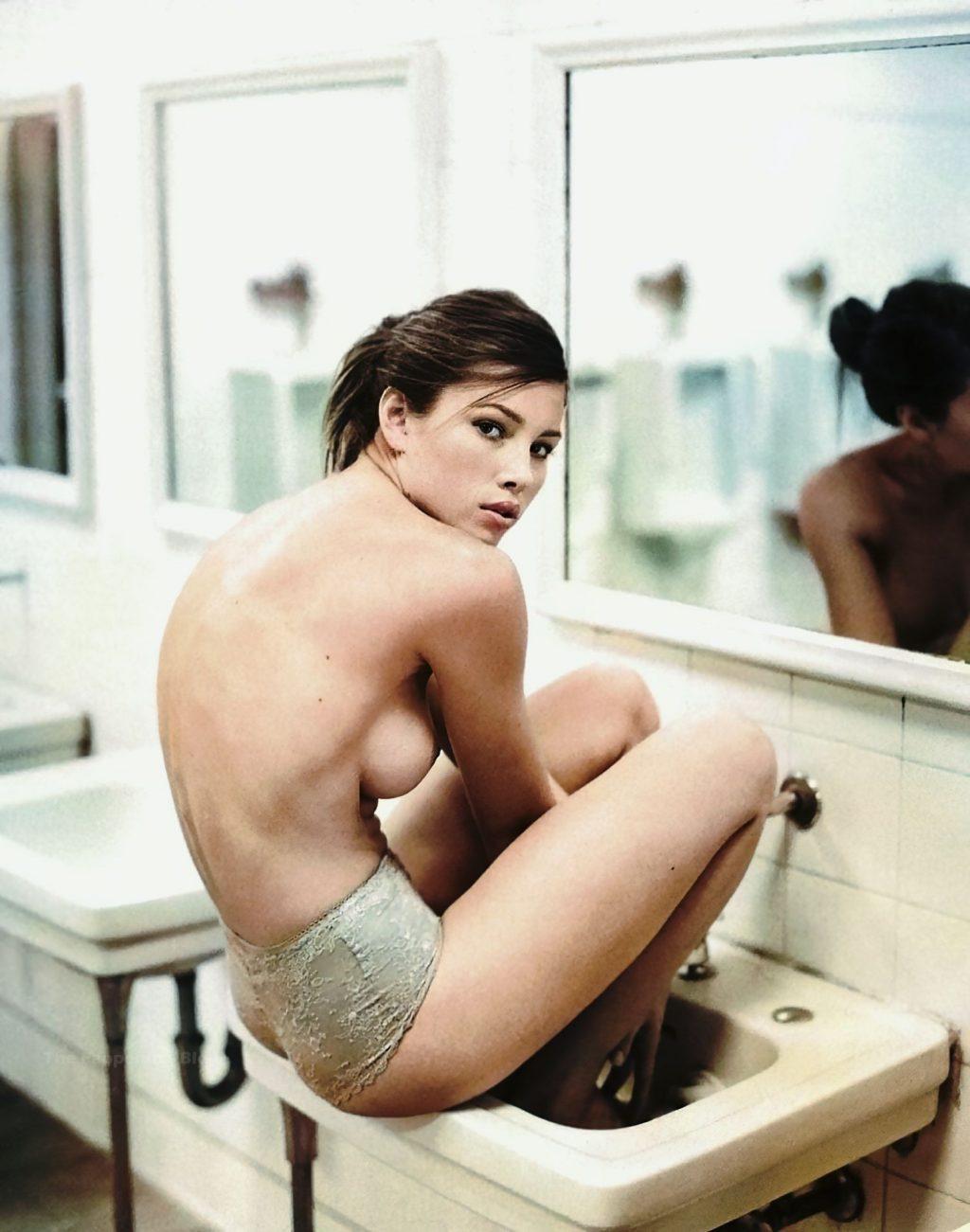 Jessica Biel Nude (4 Enhanced Photos)