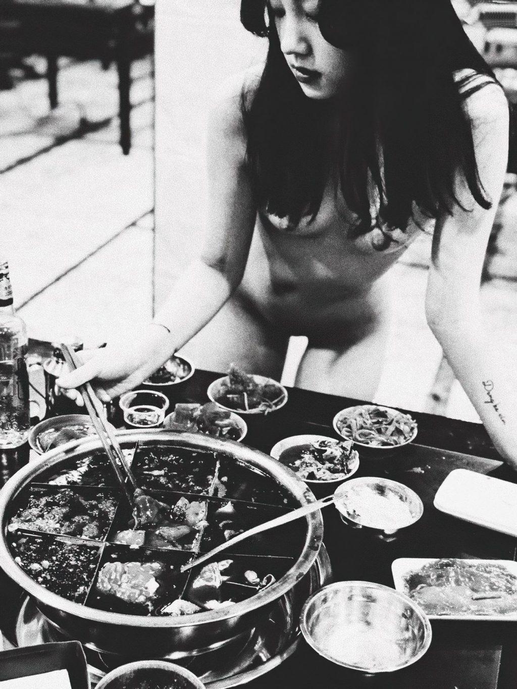 qingweiyingjie Nude (13 Photos)