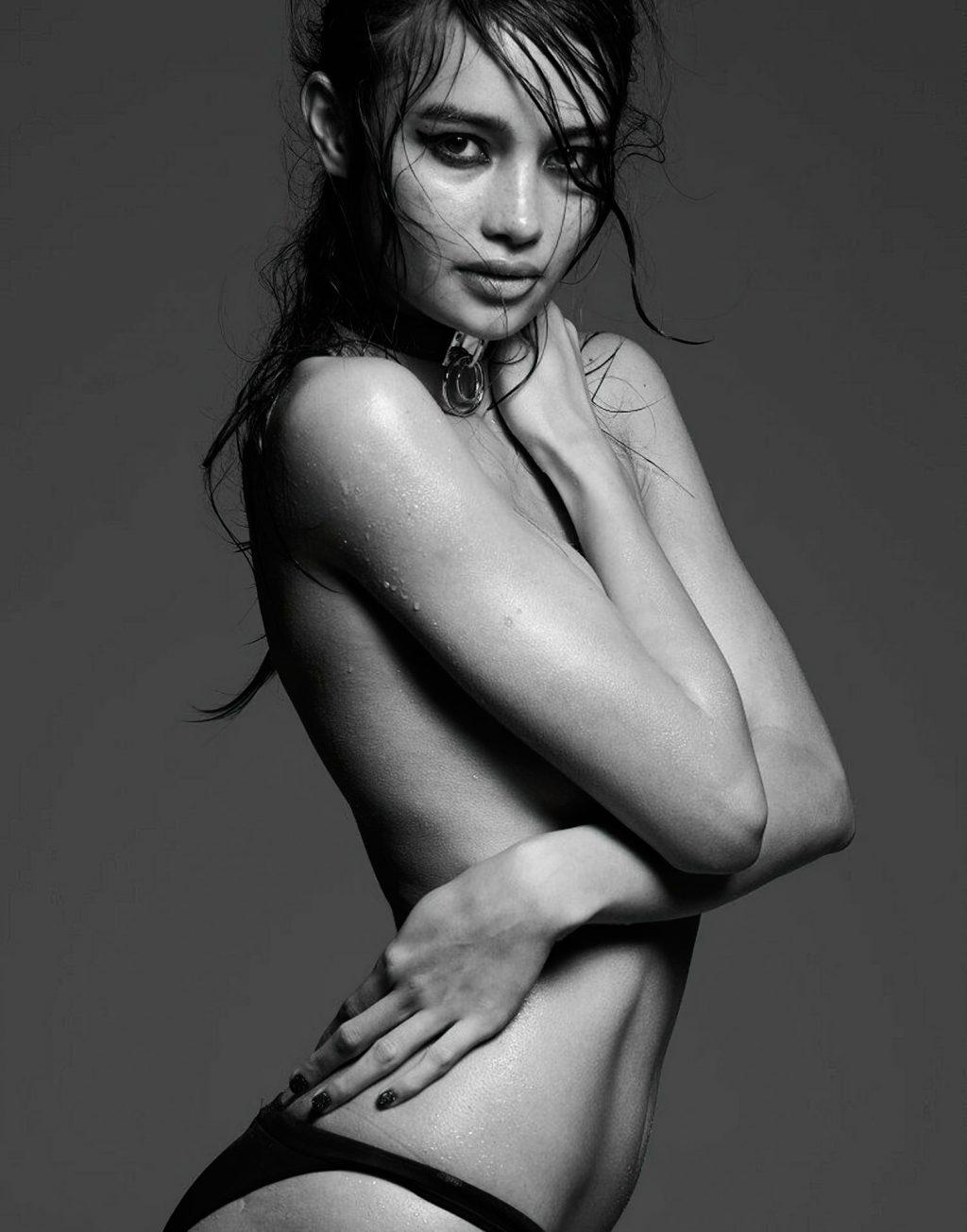 Kelsey Merritt Nude (20 Photos)