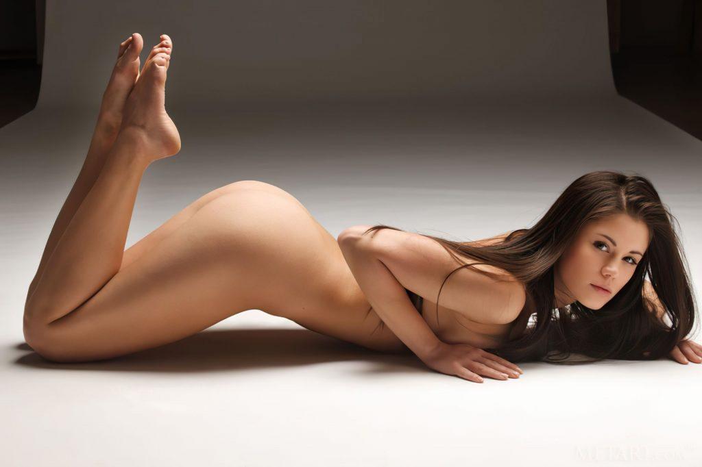 Little Caprice Nude (15 Photos)