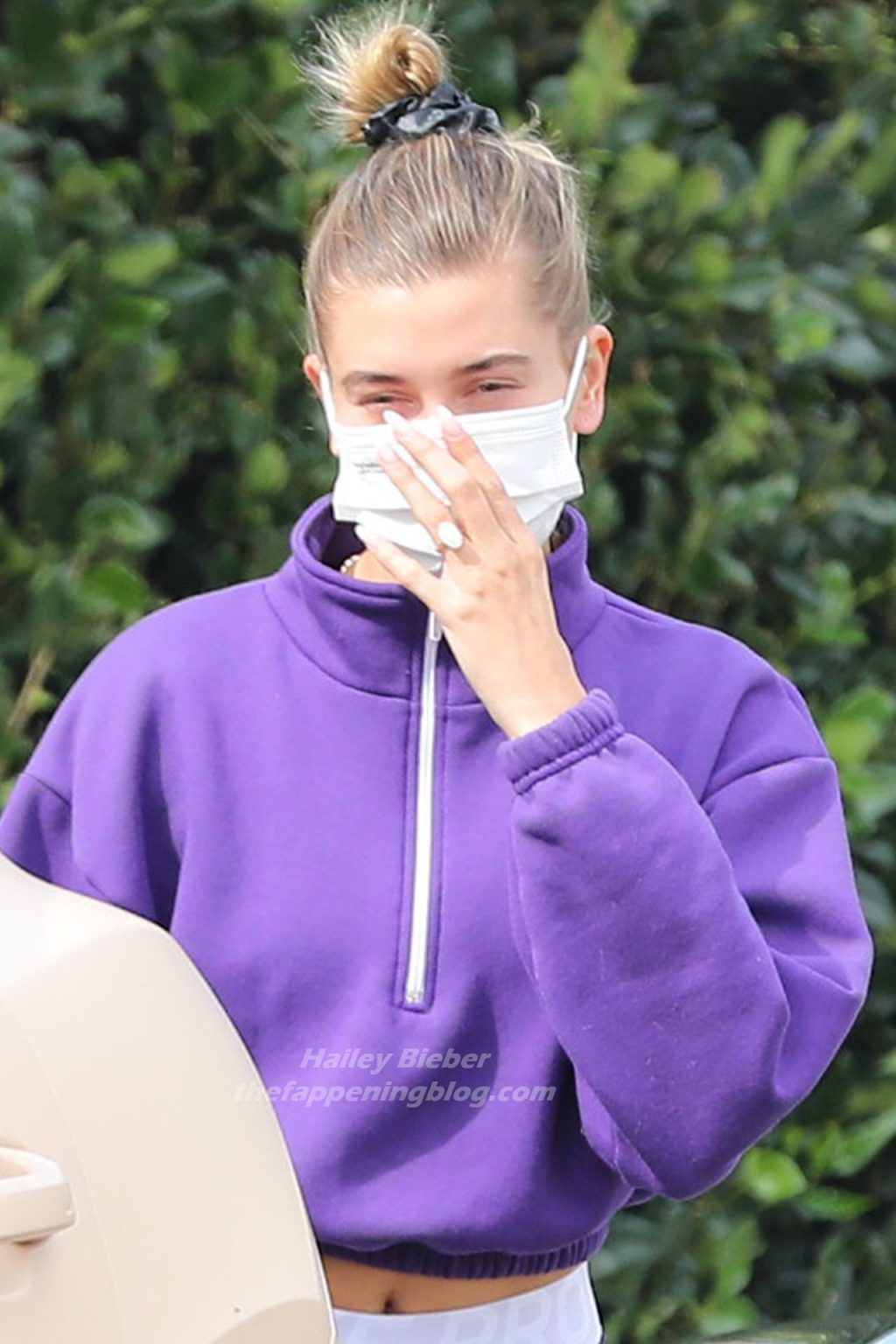 Sexy Hailey Bieber is Spotted Out in Beverly Hills (17 Photos)