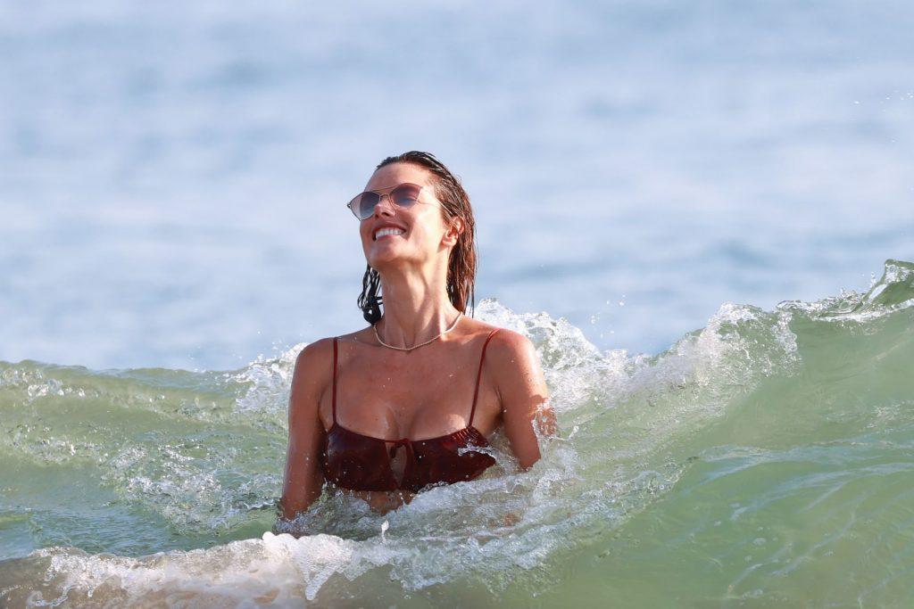 Alessandra Ambrosio Enjoys a Day at the Beach (89 Photos)