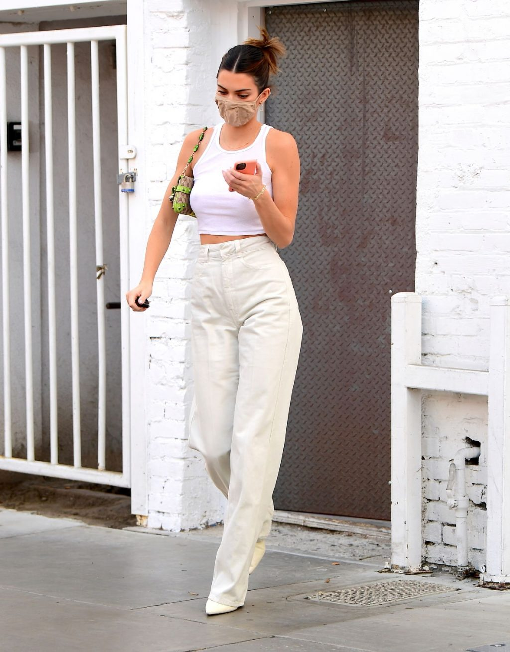 Kendall Jenner & Hailey Bieber Wear Similar Outfits as They Hit the Shops Together in LA (38 Photos)
