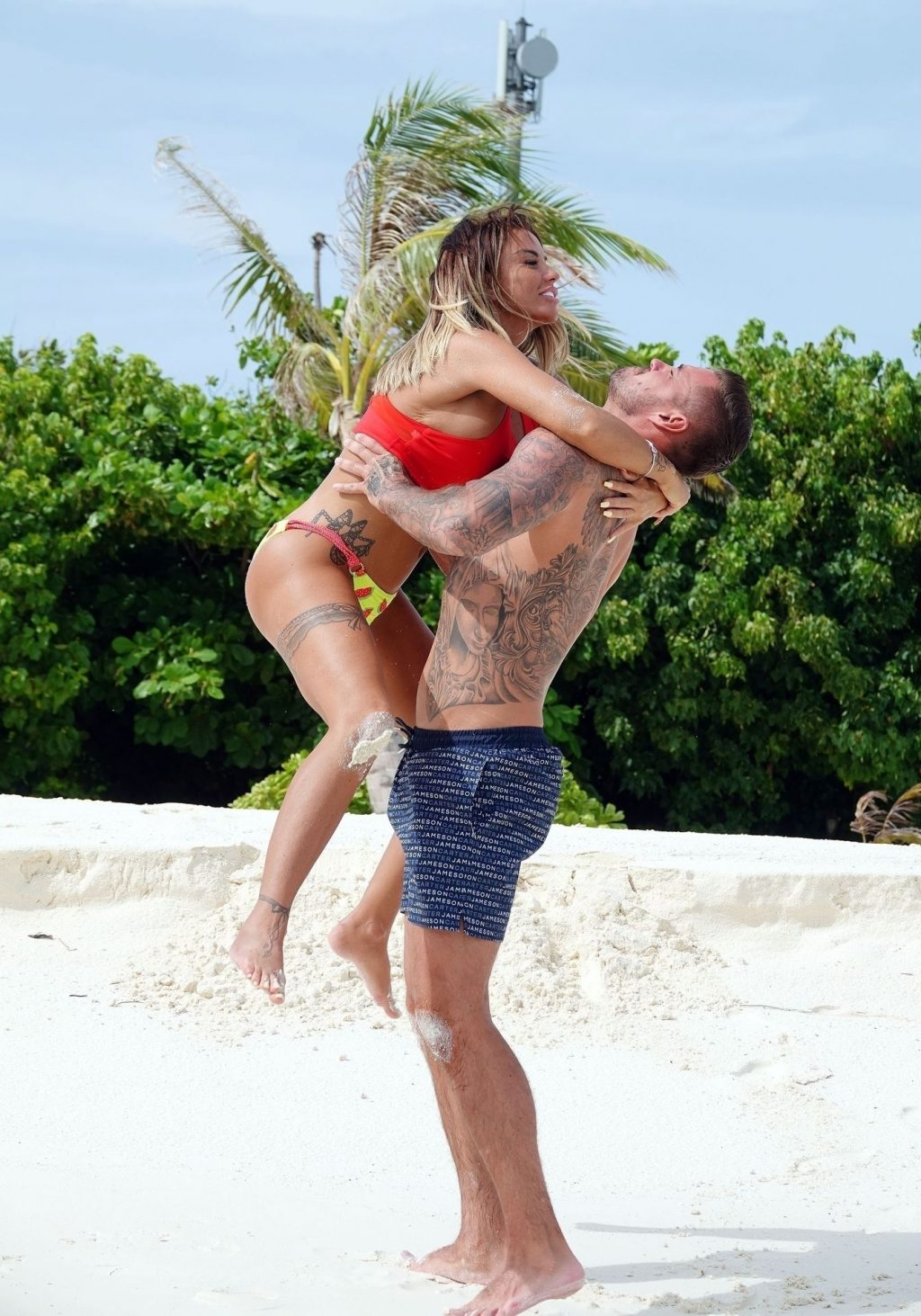 Katie Price Enjoys a Romantic Holiday in the Maldives (57 Photos)