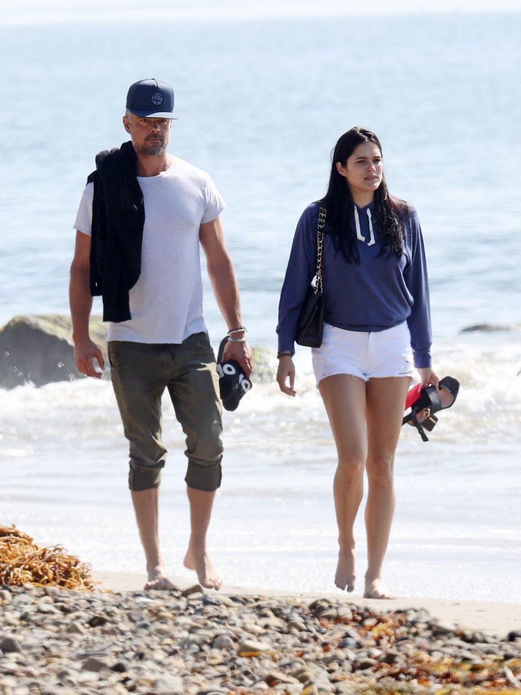 Josh Duhamel & Audra Mari Walk on the Beach (13 Sexy Photos)