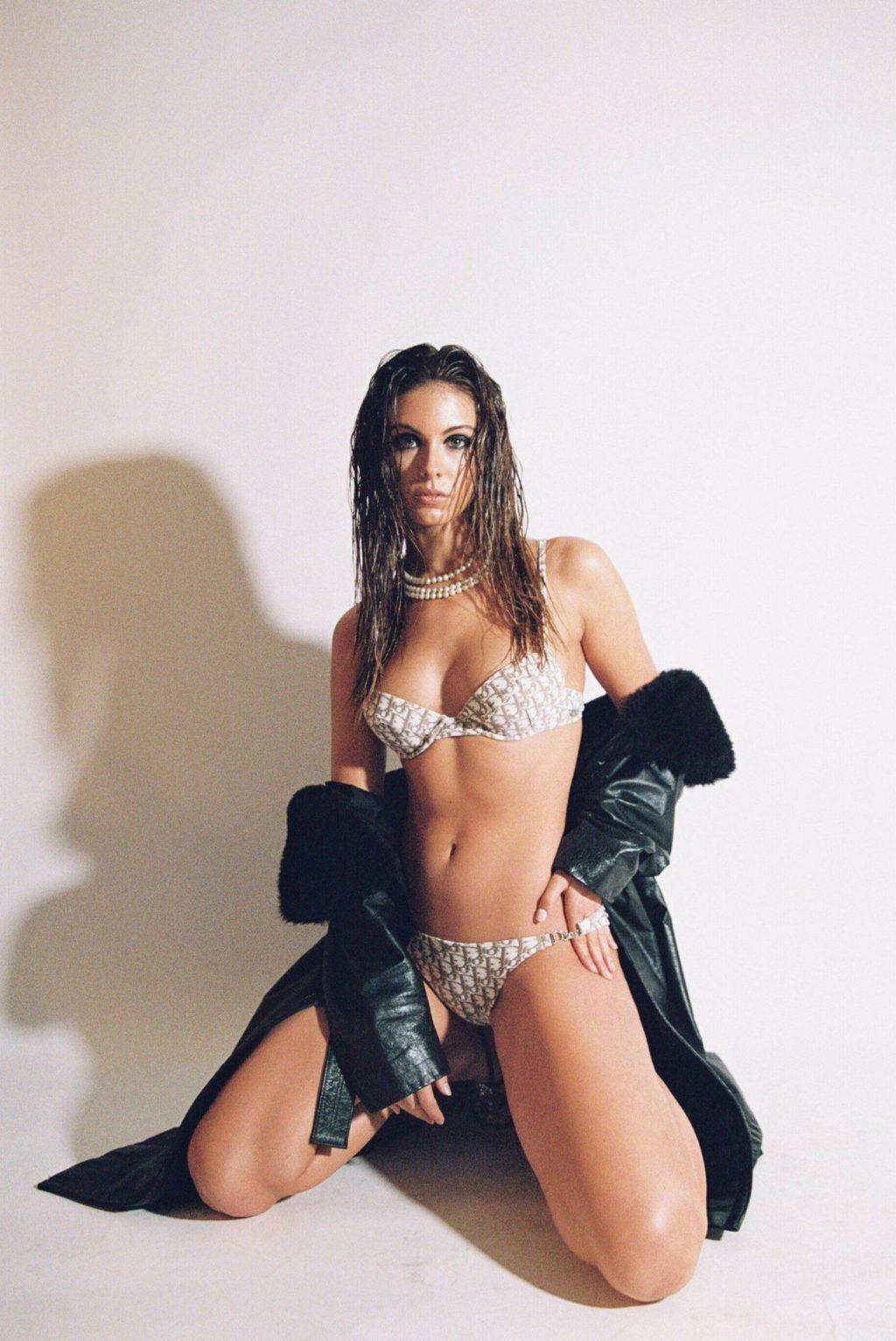 Carmella Rose Sexy & Topless – Maxim Mexico (13 Photos)