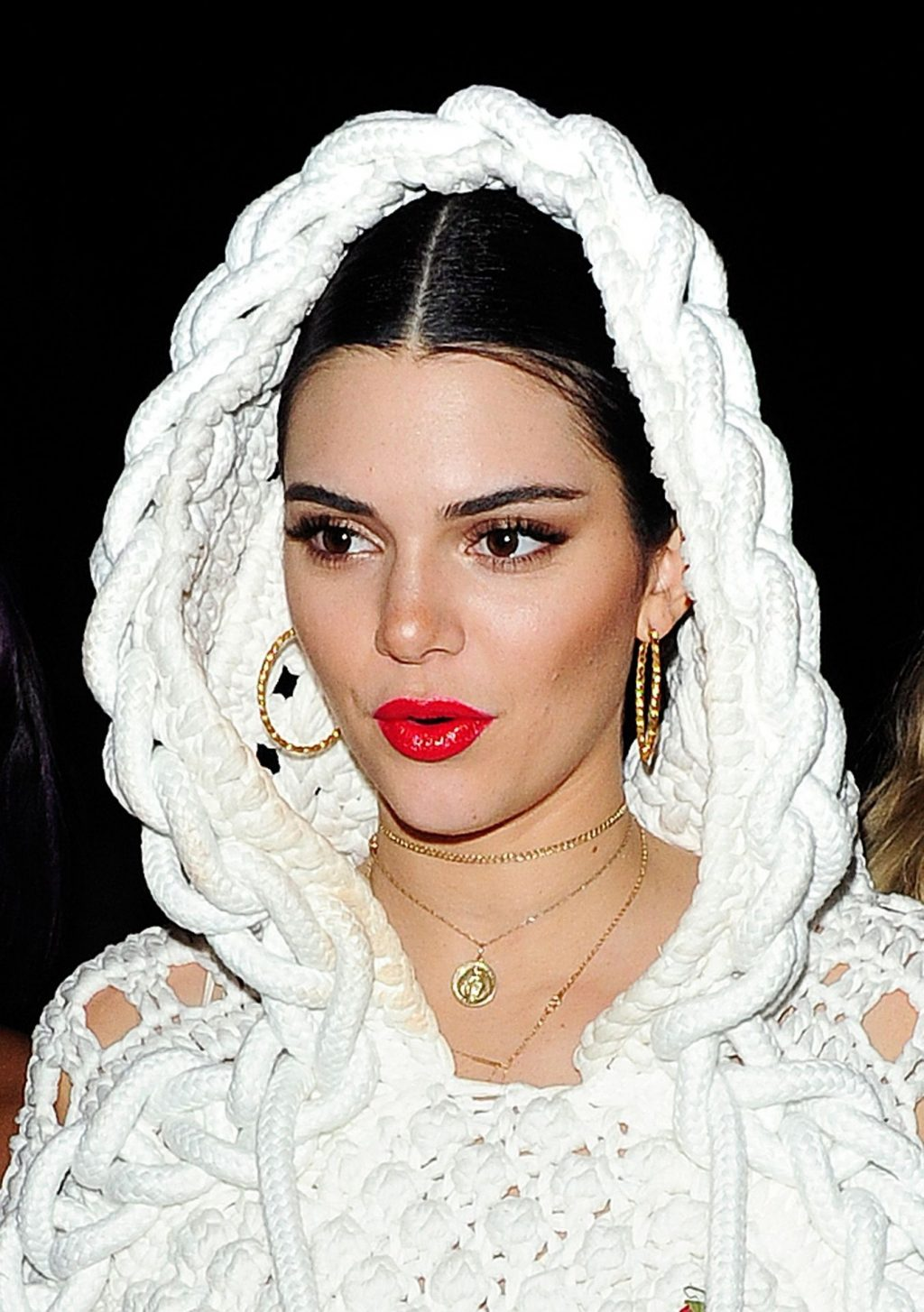 Vogue Staffers Complained of The Title's Treatment of the Photos of Kendall Jenner's Gold Tooth (43 Pics)