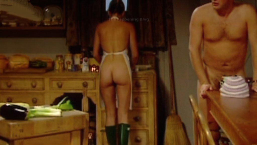 Sarah Alexander Nude & Sexy (11 Photos)