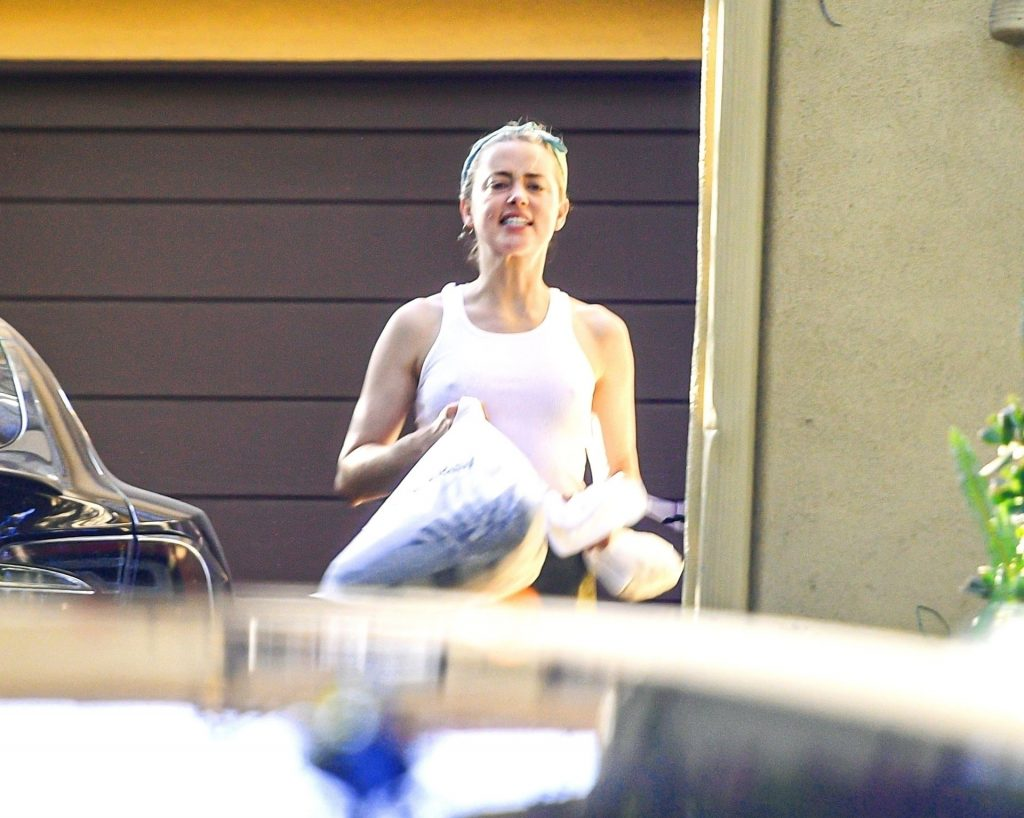Amber Heard is All Smiles as She Celebrates the News of The Recent Court Victory Against Johnny Depp (59 Photos)