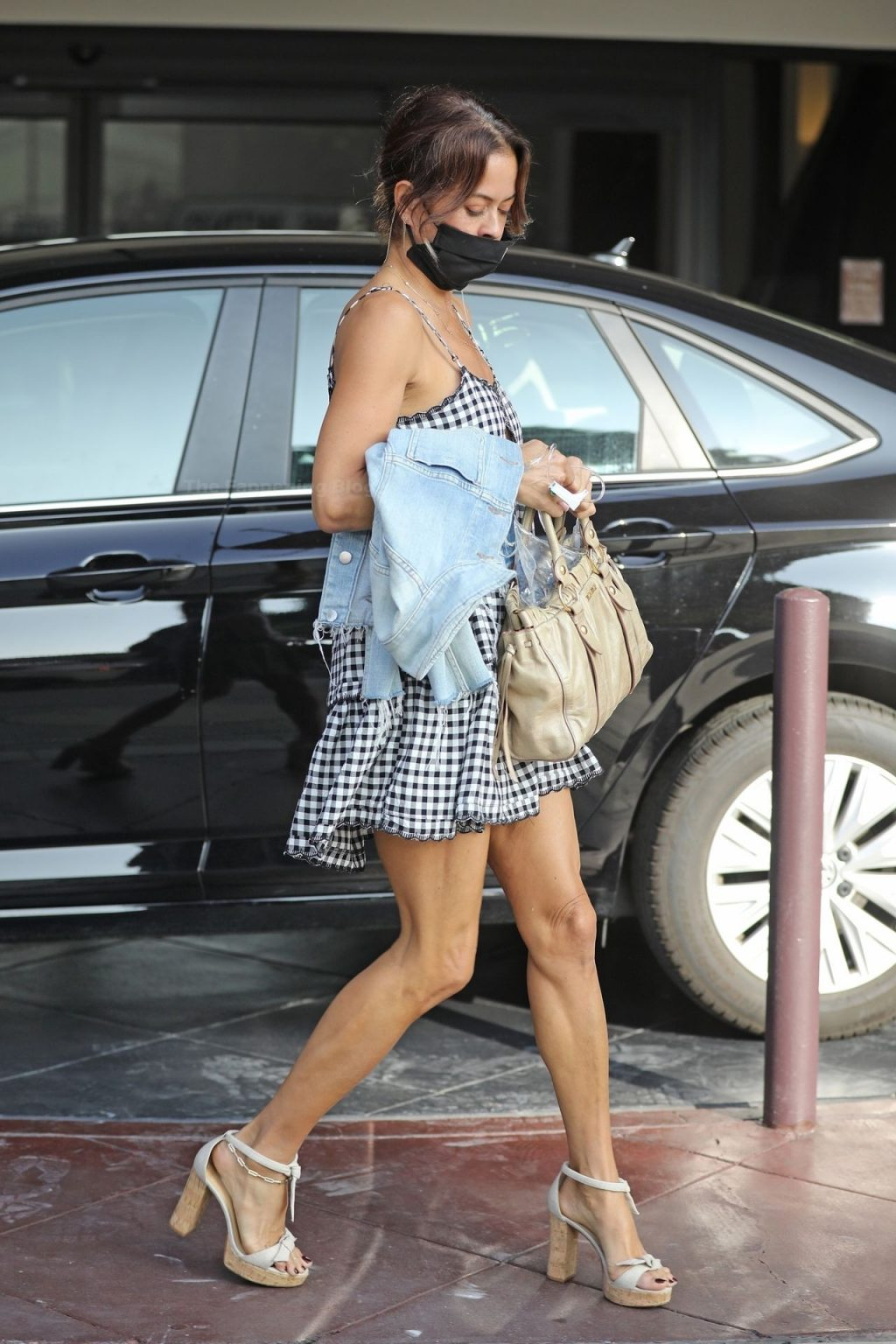 Leggy Brooke Burke is Pictured in Beverly Hills (8 Photos)
