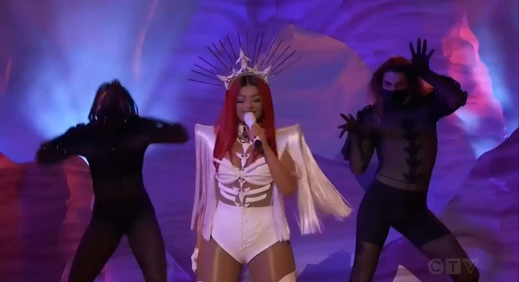 Doja Cat Flaunts Her Sexy Figure at the 2020 American Music Awards (49 Photos)