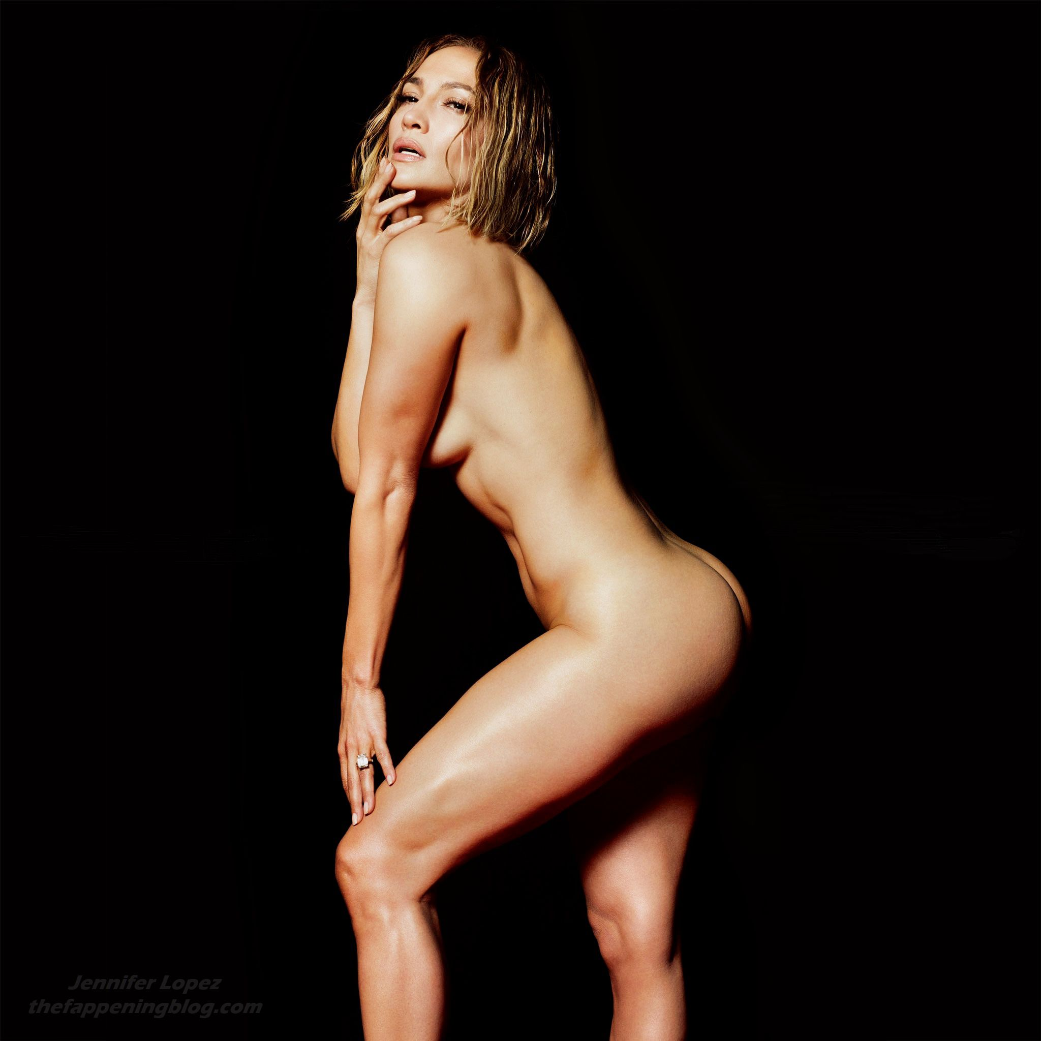 Jennifer-Lopez-Nude-The-Fappening-Blog-2.jpg
