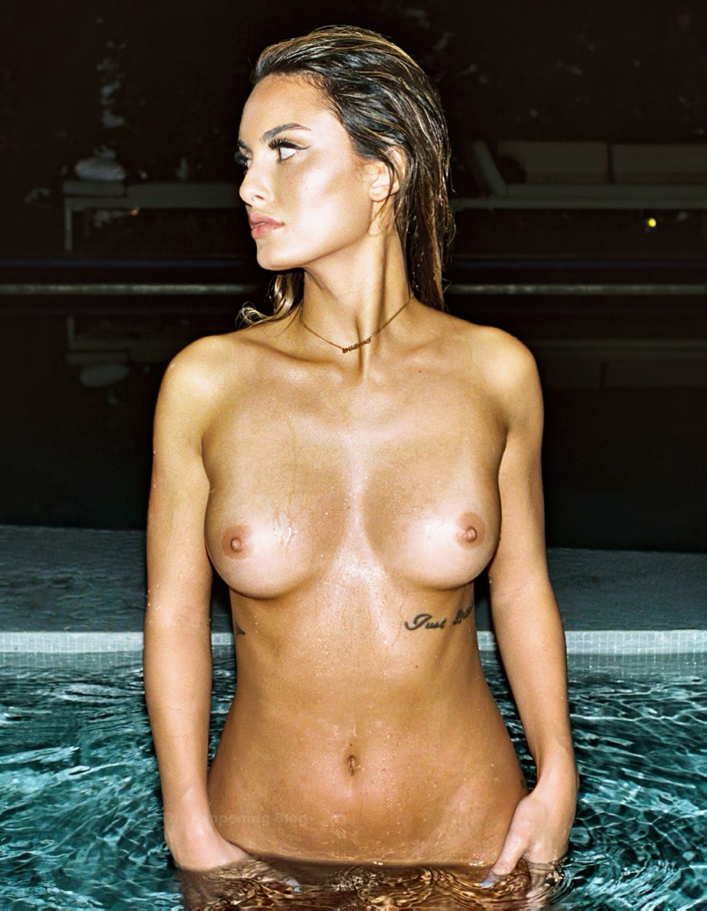 Julia Rose Poses Nude in the Pool (2 Photos)