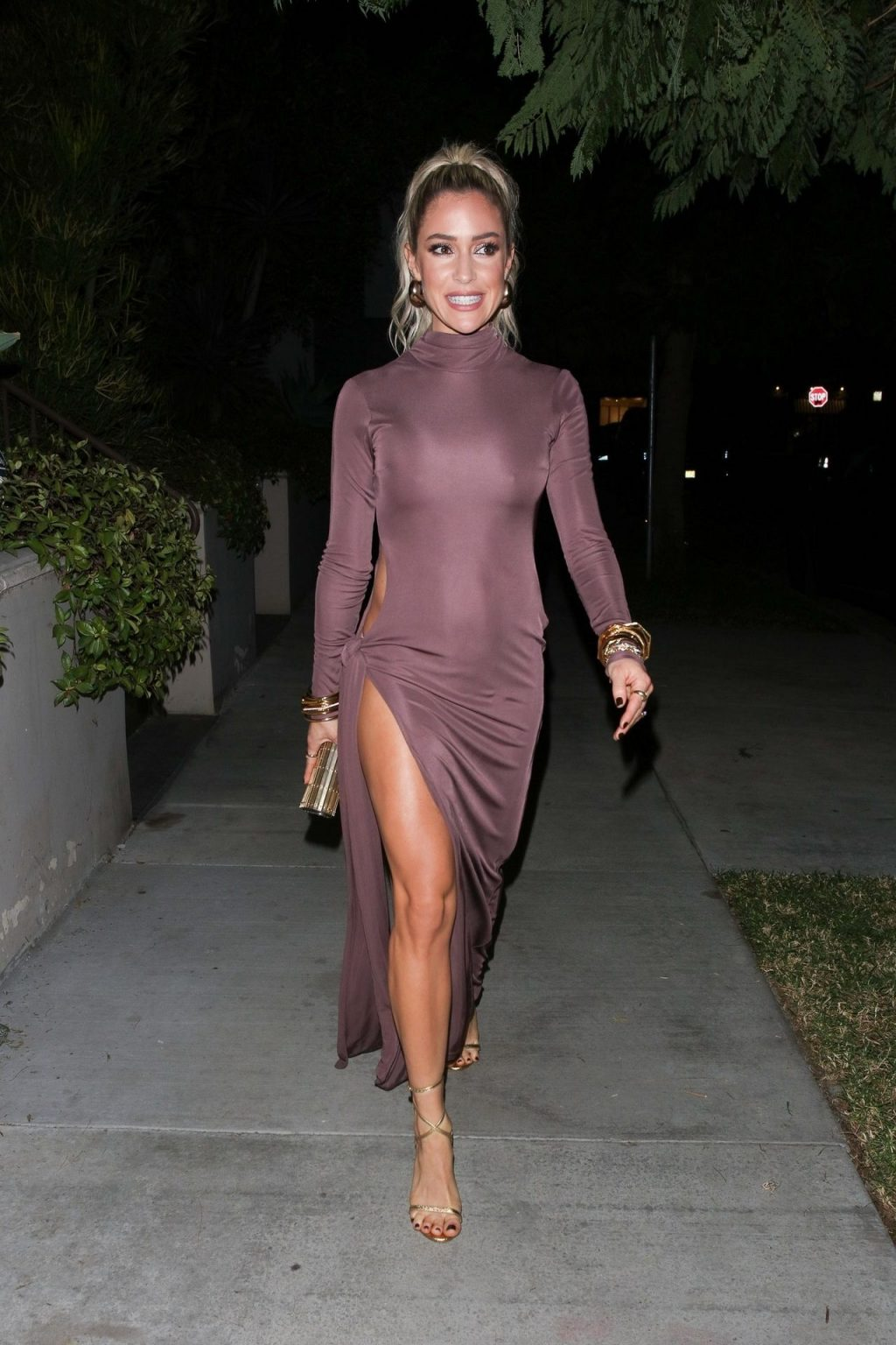 Kristin Cavallari Shows Off Her Stunning Legs as She Heads to the AMA's (42 Photos)
