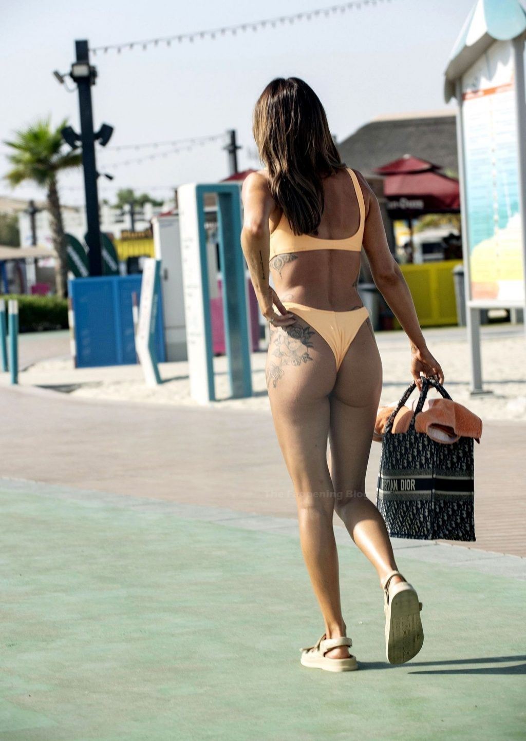Laura Anderson Looks Stunning in an Orange Bikini on Holiday in Dubai (11 Photos)