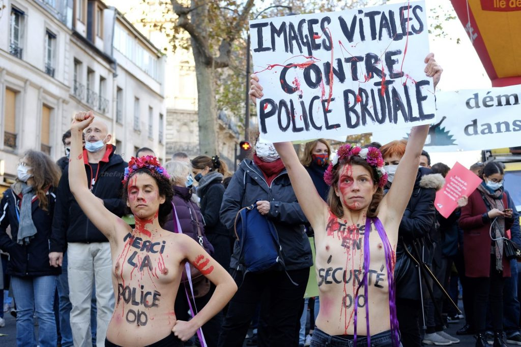 Nude Demonstration Against The Global Security Law In Paris (2 Photos)