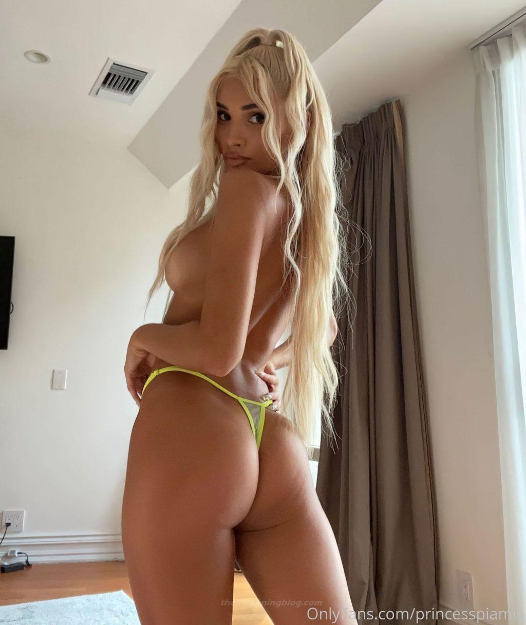Pia Mia Nude